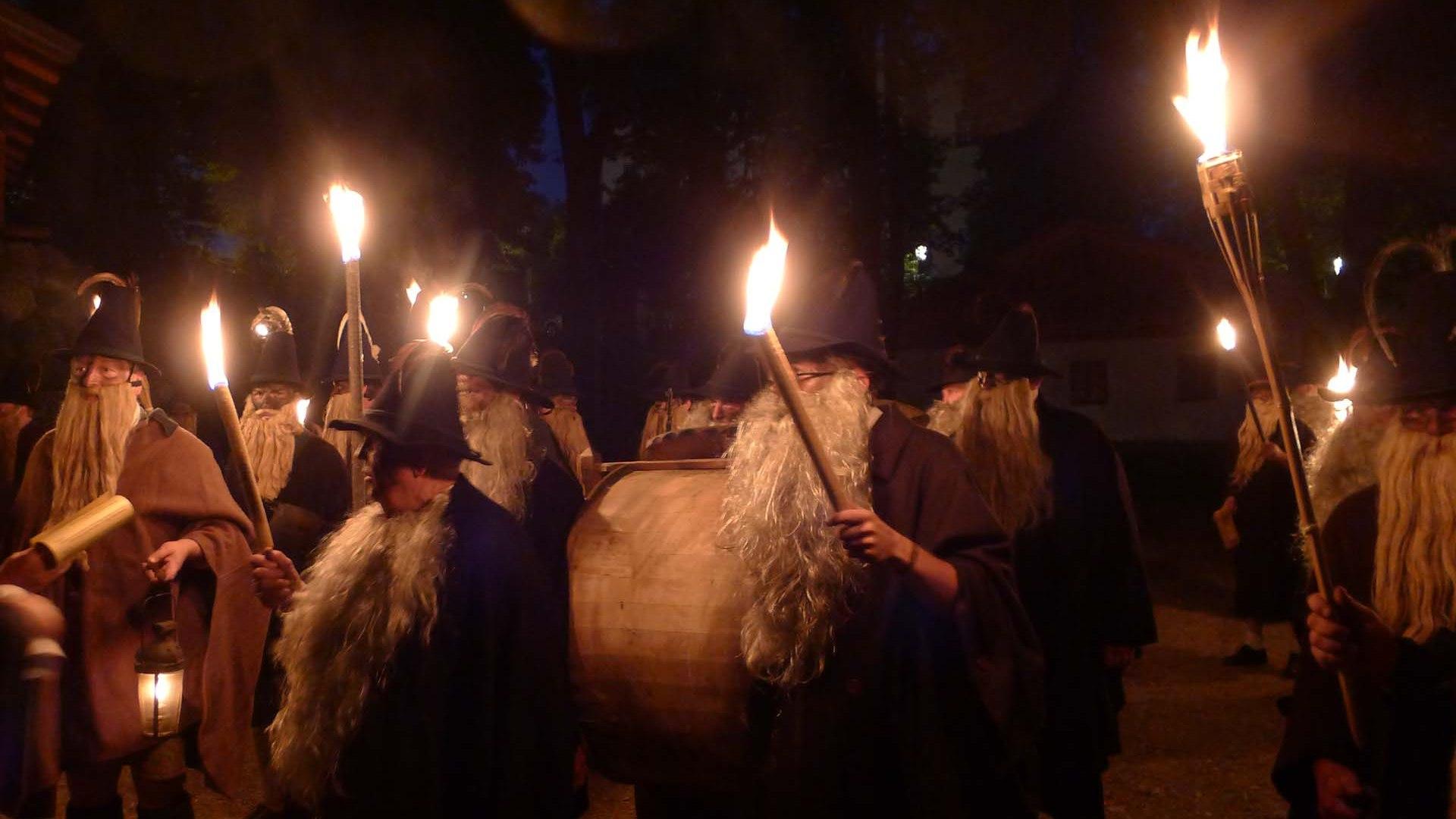 Traditionelles_Schupfenfest_Haberfeldtreiben_1920x1280