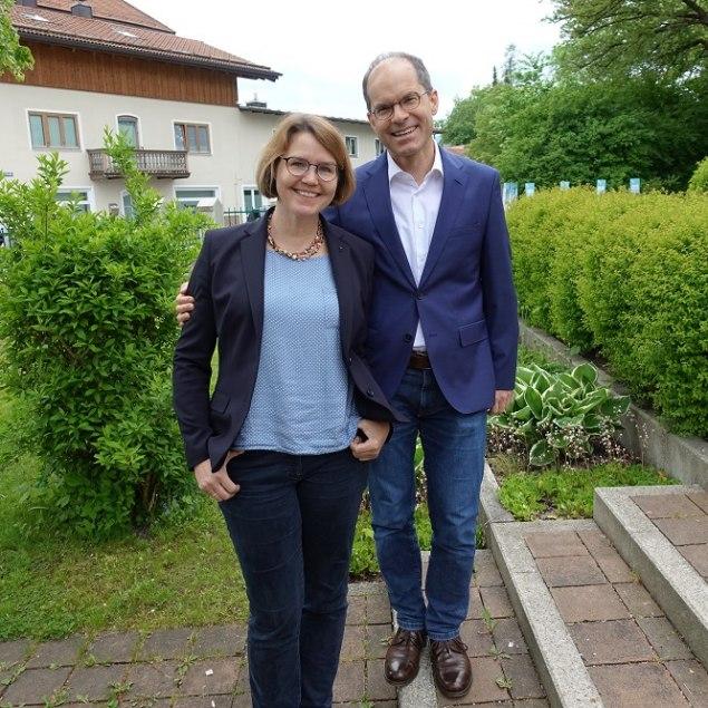 Pfarrer Erwin Sergel und Pfarrerin Anika Sergel-Kohls, © Verena Wolf